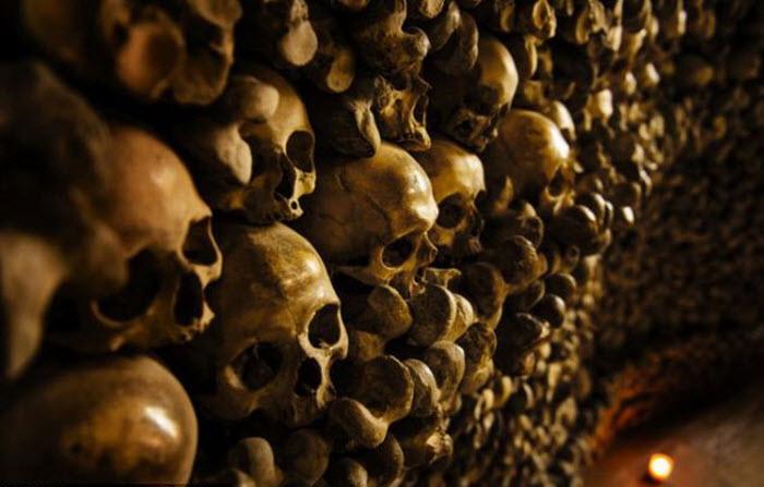 معبد-الجماجم-فى-بولندا-من-عظام-البشر2.jpg (700×447)