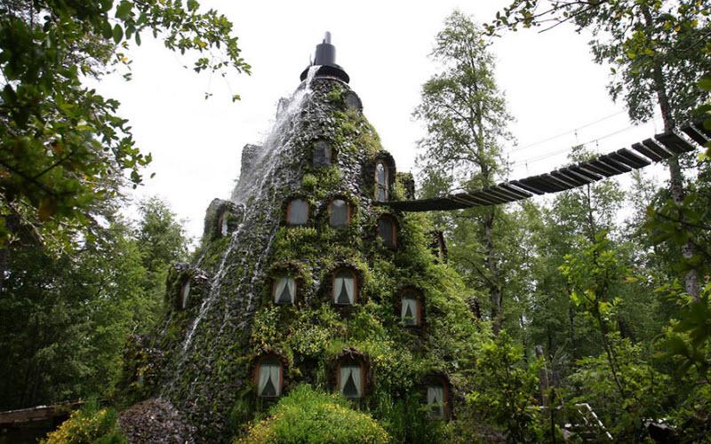 فندق الجبل الساحر ( Magic Mountain Hotel ) فى تشيلى