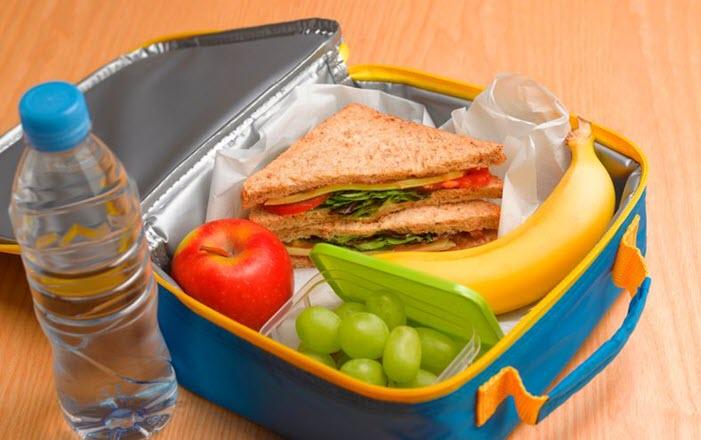 أكلات الأطفال في المدارس 3lafkra